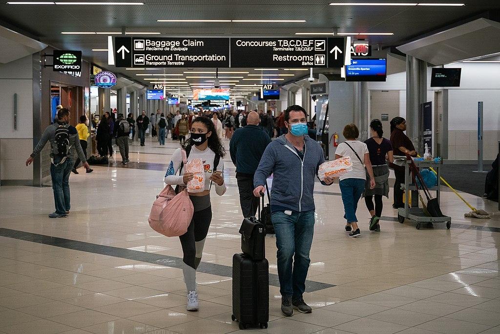 España anuncia que el certificado sanitario para viajar dentro de la Unión Europea funcionaría desde junio